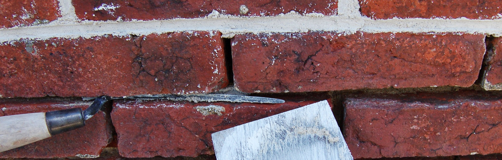 Chimney repairs and repointing